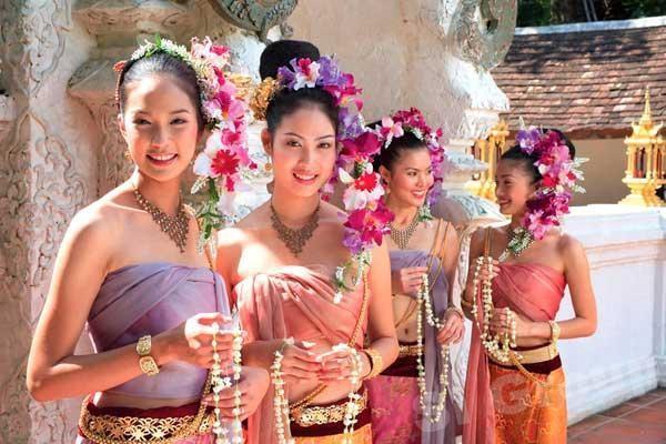 辭舊迎新 37.5萬遊客湧來泰國