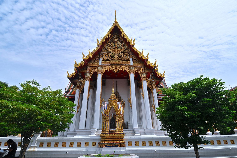 叻察布拉那寺