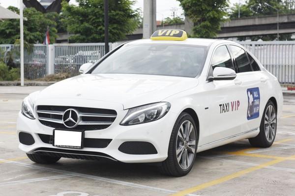 起步價150銖 賓士的士網絡打車 6月1日上路